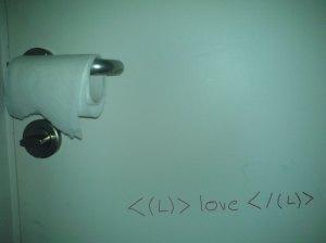 <(L)>love</(L)>